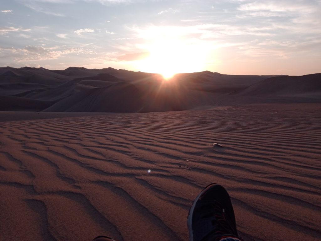 coucher-de-soleil-desert-huacachina-perou