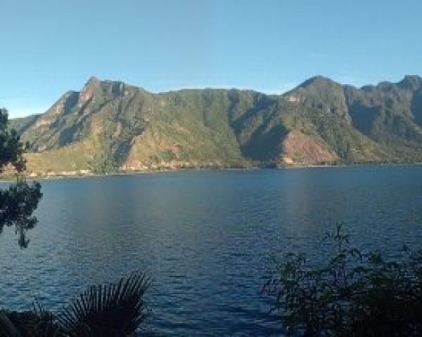 Lac-Atitlan-Guatemala-cabeza-del-indio