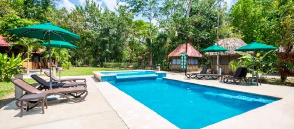 Piscine-hôtel-Palenque-proche-site-archéologique