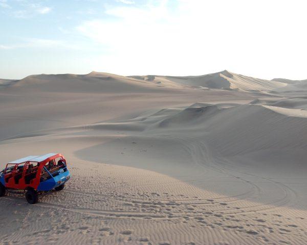 buggy-desert-huacachina