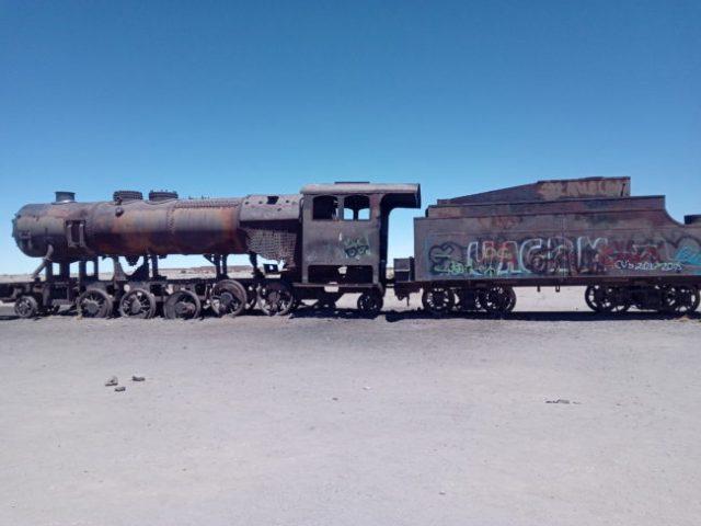 cimetiere-trains-salar-uyuni-bolivie