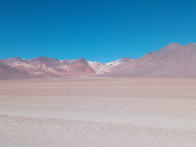 volcan-couleurs-bolivie